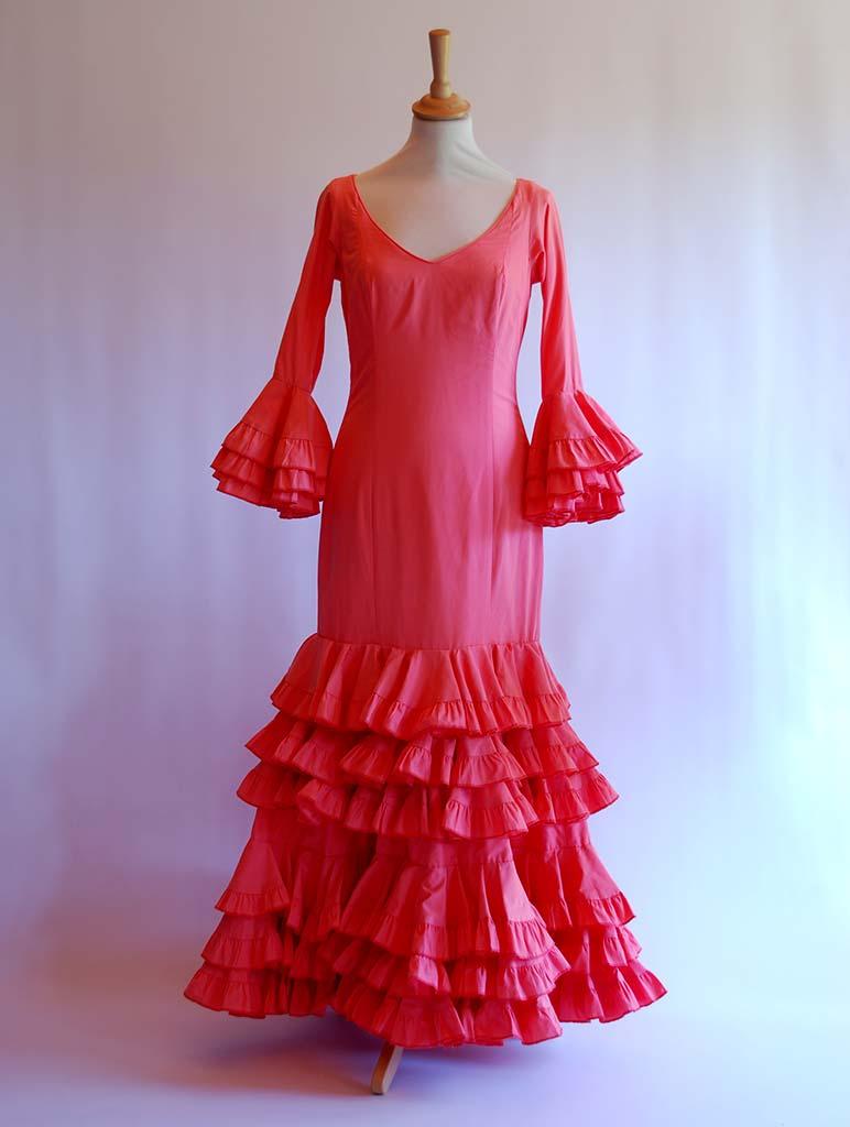 donde alquilar traje de flamenca
