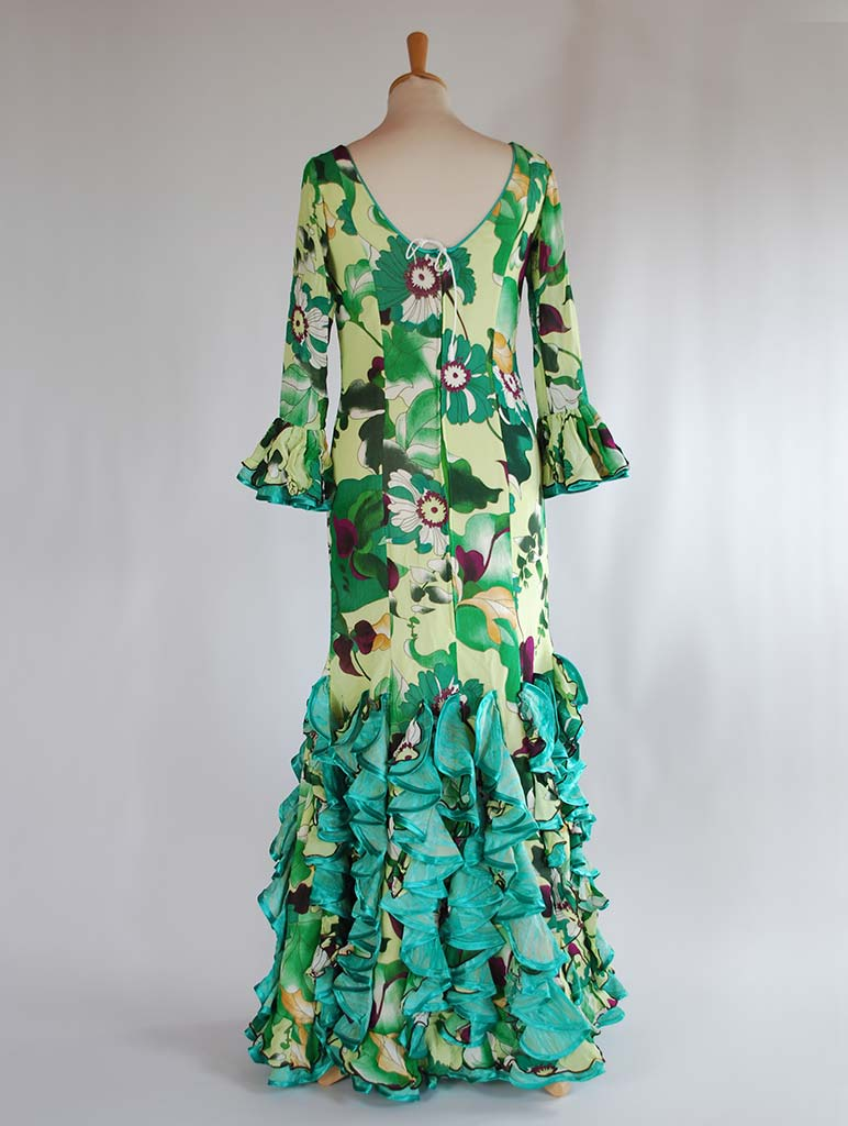 diseñadora traje de flamenca