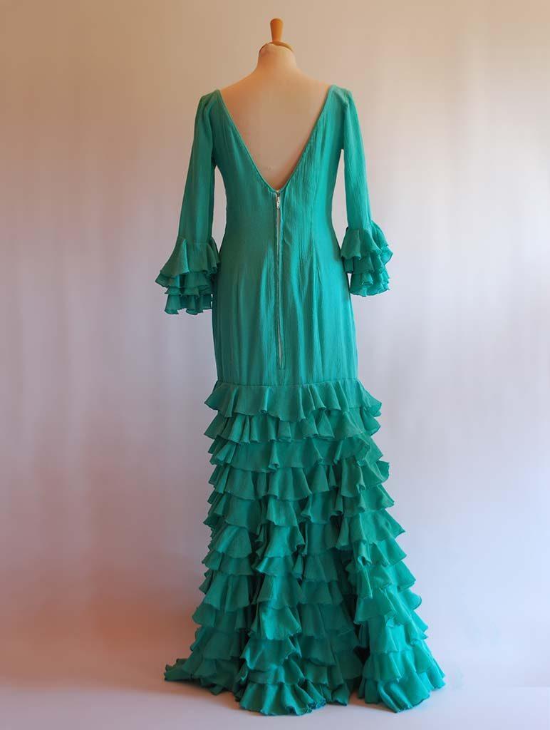 alquilar traje de flamenca sevilla