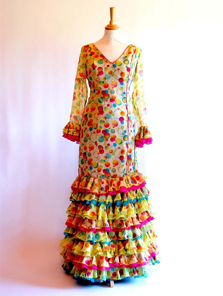 traje de flamenca diseñadora