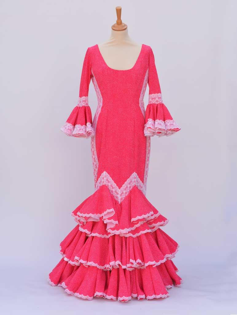 Traje de flamenca en alquiler