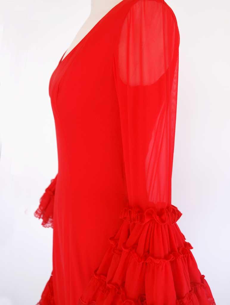 Traje flamenca diseñador Pilar Vera gasa rojo pasarela